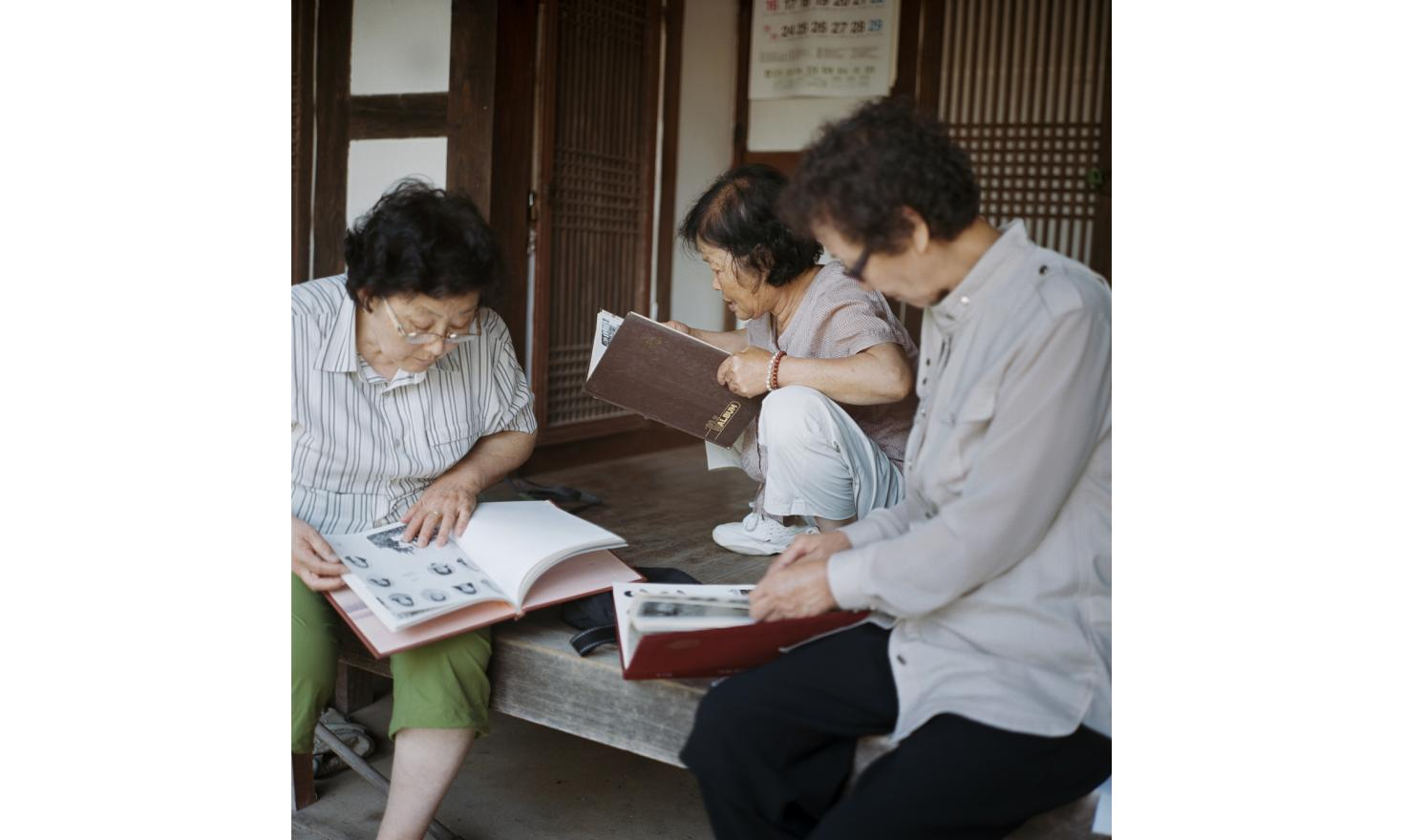 Around Geoncheon 24th of June 2013. Mrs Park Sook Ha and Mr Cho Sang-Hwan wanted a boy. When her fourth daughter is born, they took the decision to let her with Mrs Song, the village mid wife. They so wanted to forget their act they don't even remember