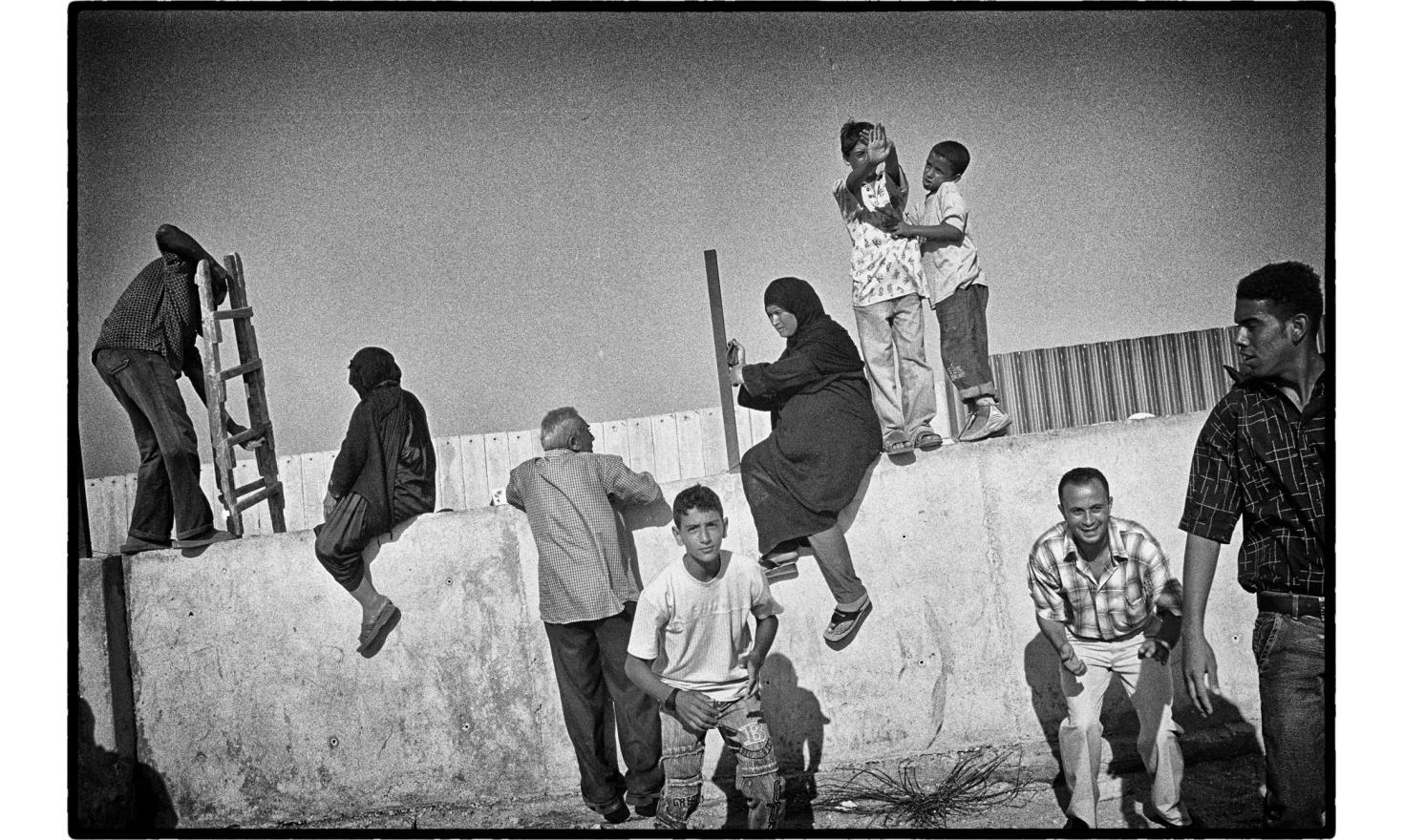The most impermeable border in the world was opened under the pressure of Palestinian crowd. For the first time since 1982, Palestinians freely cross the border with Egypt. Gaza, September 2005.