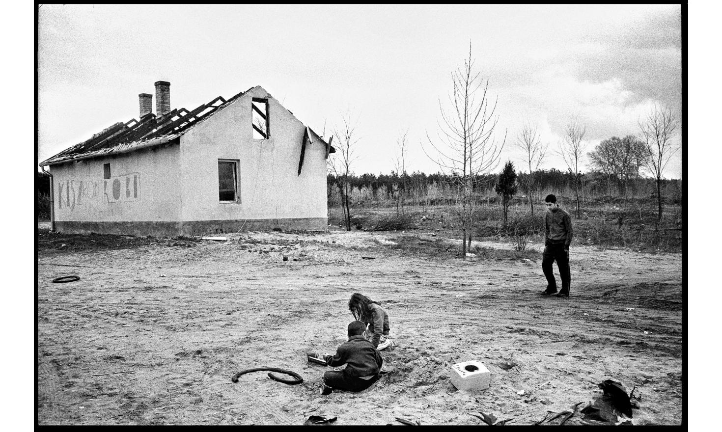 A father and his 5 years old son have been shot to death as they were running away from their house set on fire by attackers.Tatarszentgörgy, Hungary. April 2010.