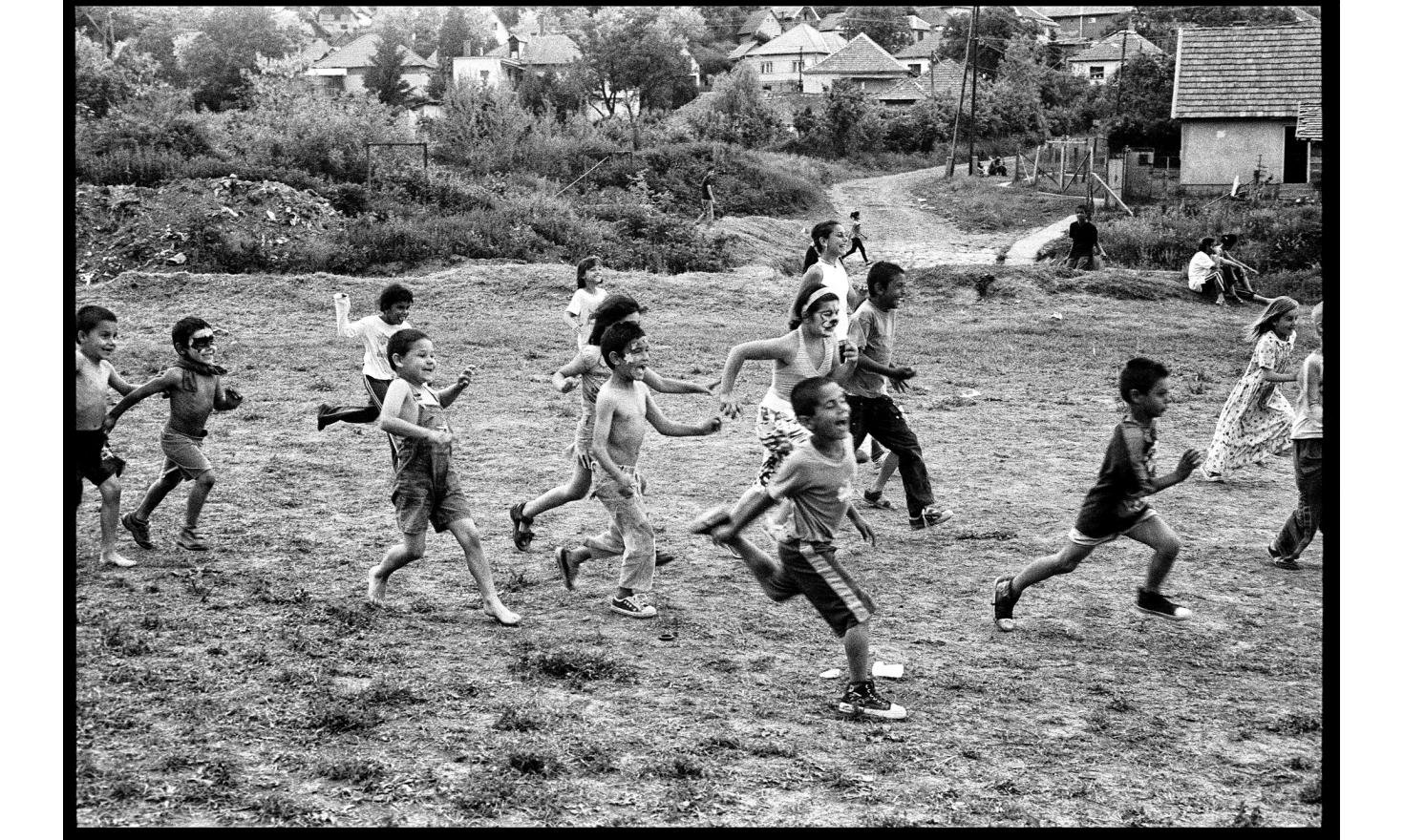 Hungarian NGOs organize games for the children of a Roma village traumatized by fascist militias.Gyöngyöspata, Hungary. May 2011.