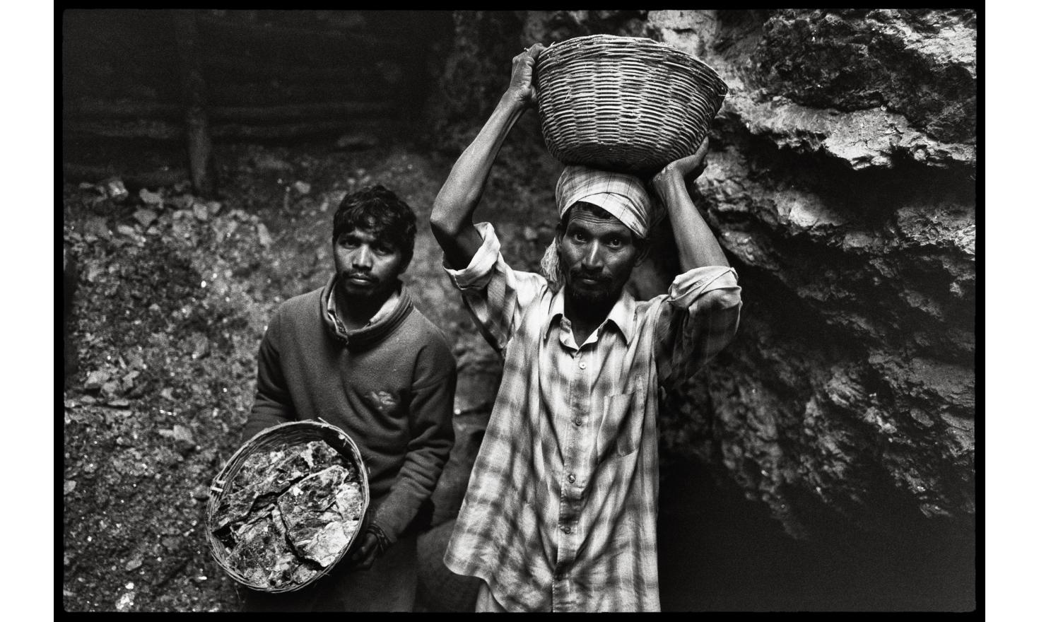 Jamuna Mines, Jharkhand, India Dispossessed ot their land by the Indian state, the Aborigines of the Koderma district are forced to work clandestinely in the mica mines to survive.