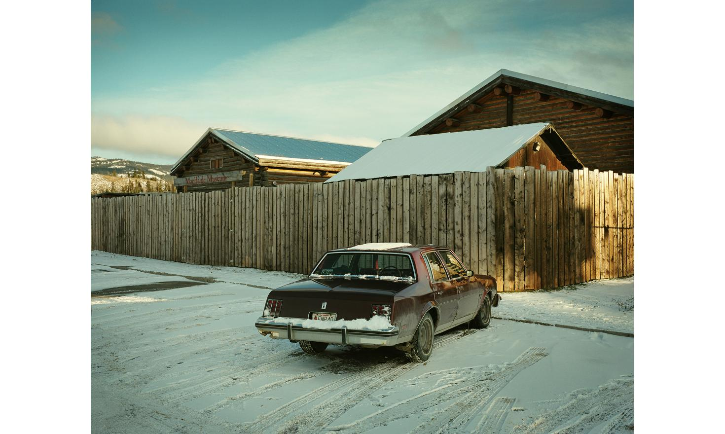 Road trip in the Canadian Yukon and the American Alaska